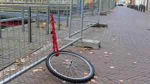 enkel voorwiel fiets  fietswiel