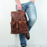 https://www.etsy.com/nl/listing/184270549/vintage-brown-leather-rucksack-backpack?ref=br_feed_50&br_feed_tlp=men