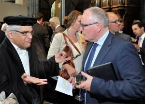 Kalantar speaks with Foreign Minister Timmermans // Photo Elmer Spaargaren